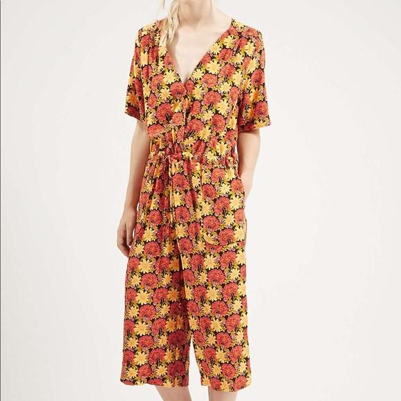 b80b1ba9ef07 Topshop marigold floral culotte jumpsuit. M 5a1a2bab13302a47c80422fa