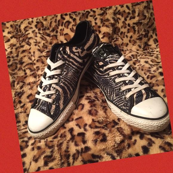 95af376b4f49 Converse Shoes - Sequin Tiger print Converse Black Tan Size 9