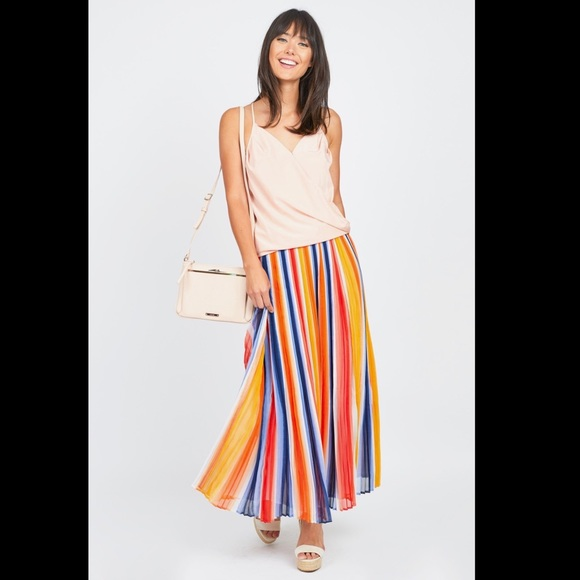 aa71809b8c CHELSEA & THEODORE Dresses & Skirts - CHELSEA & THEODORE Pleated Maxi Skirt  S M