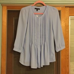 🦋BNWT BANANA REPUBLIC BABY BLUE CREPE BLOUSE 🦋