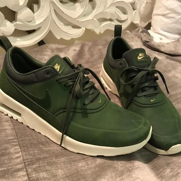 nike thea green leather
