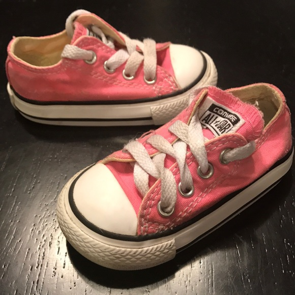 322148525ed Converse Other - Toddler girls pink converse shoes size 4 🎀