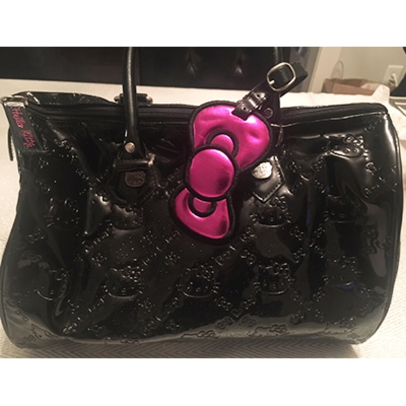 2b391a8d2 Hello Kitty Handbags - Hello Kitty x Loungefly • Black Embossed City Bag