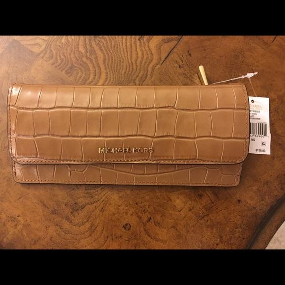 0e38102d05c3 Michael Michael Kors Croc embossed wallet