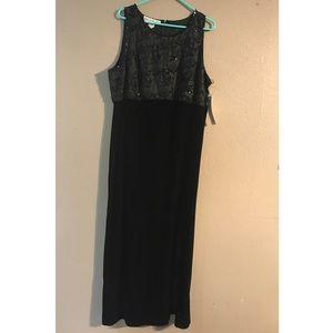 Size 1X Black Velvet Beaded Scala Evening Dress