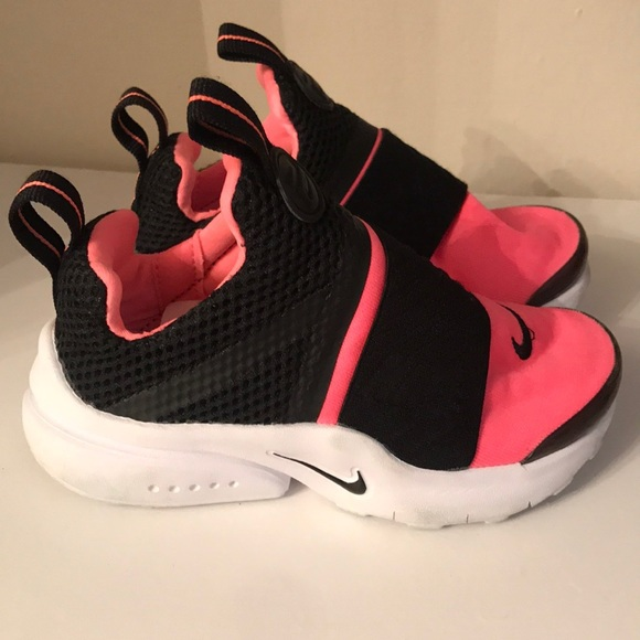 80c86c01d3f1 Girls  Toddler Nike Presto Extreme Running Shoes. M 5a1a4429bf6df5004204be89