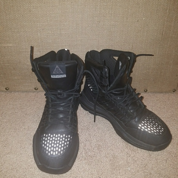 Mens Nike Acg Superdome Boots