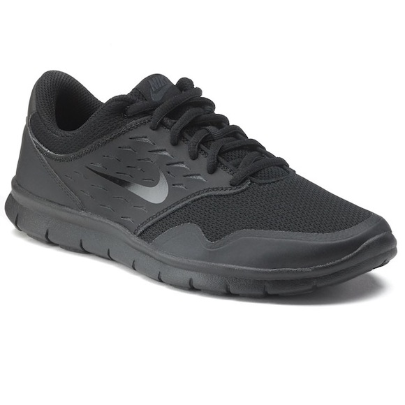 Black Nike Orive NM Tennis Shoes