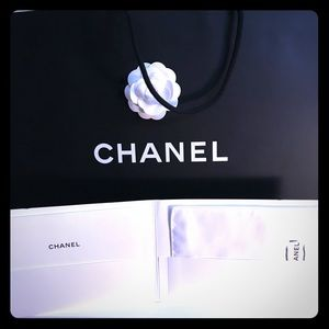 🎈Chanel Dust Glove Care Booklet