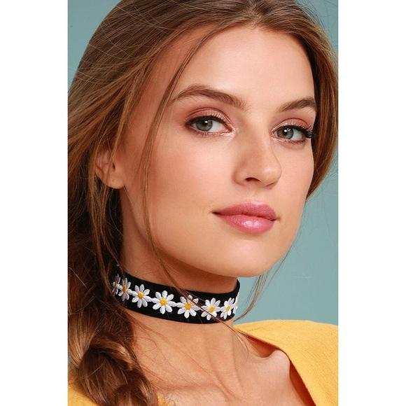 f68714e1e8a Vanessa Mooney Jewelry | Velvet Daisy Choker | Poshmark