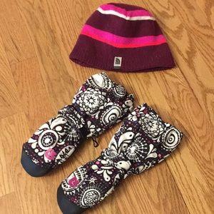 NWOT Burton Gloves & Reversible North face Hat