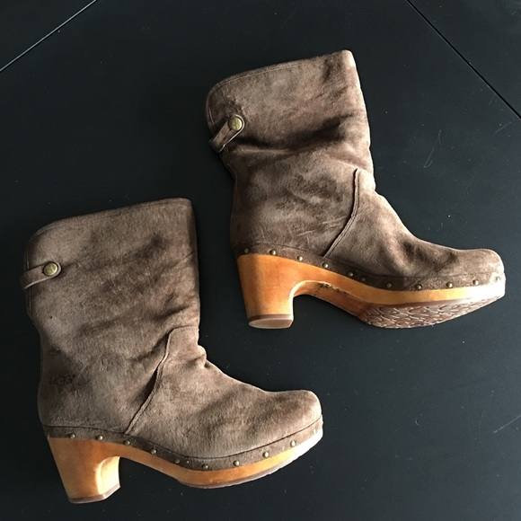 6a6a0348546 UGG 1955 Lynnea Brown Leather Clog Boots size 8