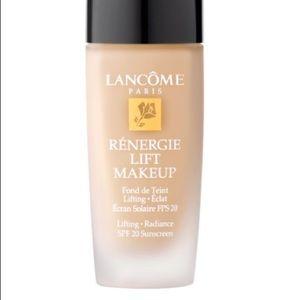 Lancôme Renergie lift makeup SPF 20 (NEW in box!)