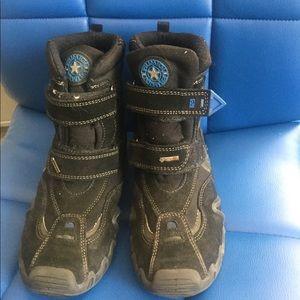 Primigi boys GoreTex snow boots