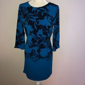 NWT 3/4 sleeve Blue Covington shift dress in med