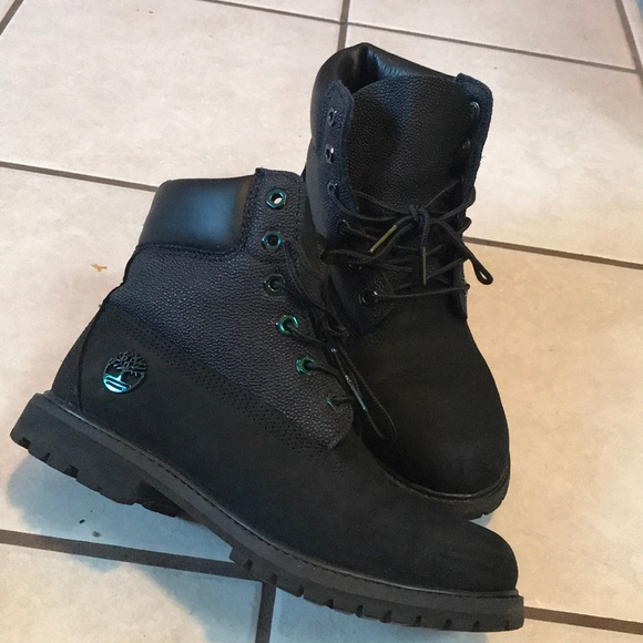 3197a6b534e5 Limited Edition Naughty Timberlands. M 5a1aed4b4e8d1748cf0661e6