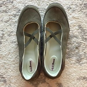 Olive green suede leather L.L. Bean walking shoes