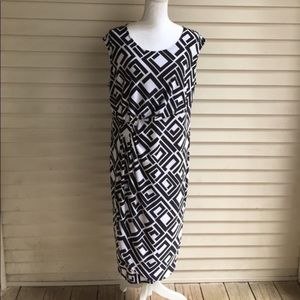 Avenue Black & White Geometric Print Wrap Dress