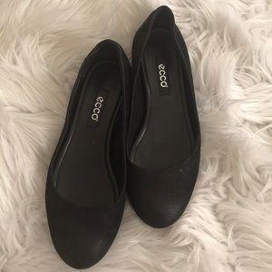 Ecco Black Ballet Flats