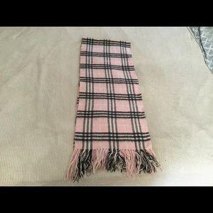 Accessories - Pink winter scarf