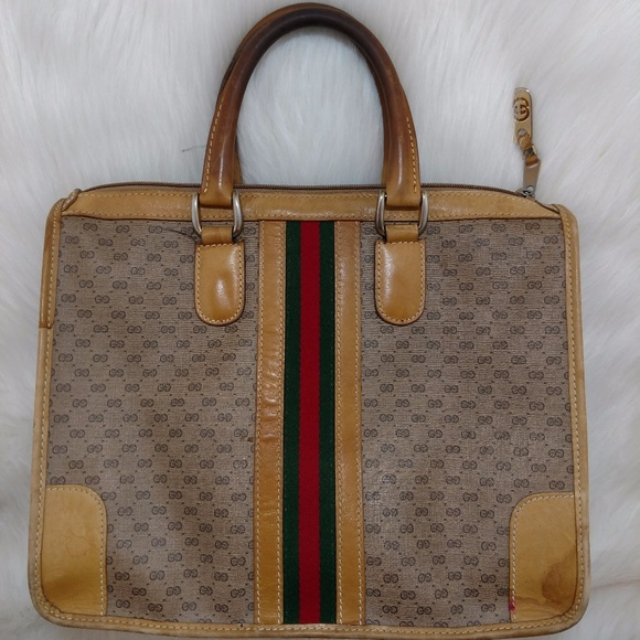 2591bfd66a3 Gucci Handbags - Authentic Vintage Sherry Stripe Gucci Handbag