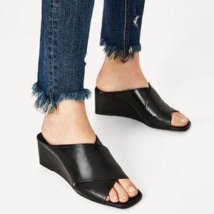 ZARA 🖤 Crossover Genuine Black Leather Wedges
