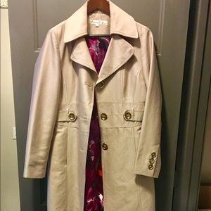 Kenneth Cole Trench Coat - size large