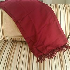 Accessories - Cranberry wool wrap
