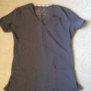 New balance gray scrub top
