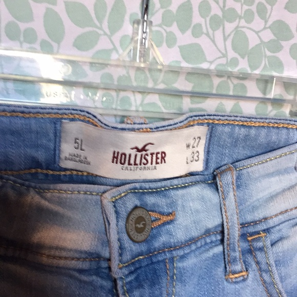 Hollister jeggings or skinny jeans