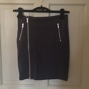 Betsey Johnson stretchy pencil skirt with zips