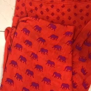 Stella & dot elephant scarf