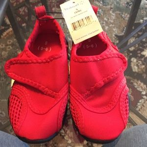 Other - Red unisex Velcro water shoes - Toddler 5-6