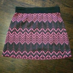 ❤ 3/$25 Print skirt