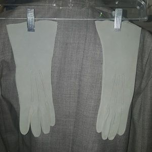 Mint Pearl Gray gloves 6.5