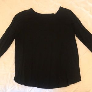Black long sleeve flowy shirt