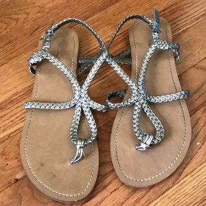 Women's silver strappy sandals size 9.5