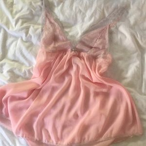 Gilligan & O'Malley pink & grey nightie