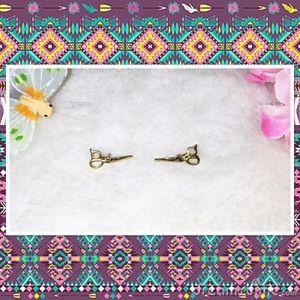 Jewelmint Dainty Gold Mini Scissor Earrings