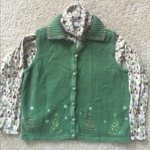 (Not Ugly) Christmas vest set. Check them all out