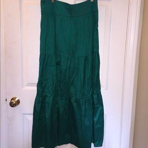 Theory satin skirt emerald green size 4