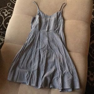 Old navy dress (never worn)