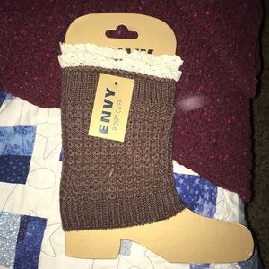 Envy boot cuffs brown with lace