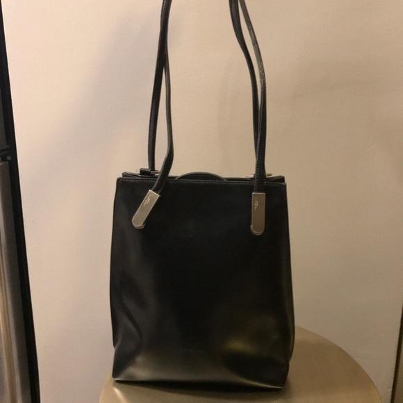 702092e1d5 frederic paris Handbags - Frederic Paris black leather handbag