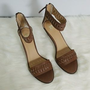 Joe's Jeans Pax Brown Ankle Strap Pumps Size 9.5
