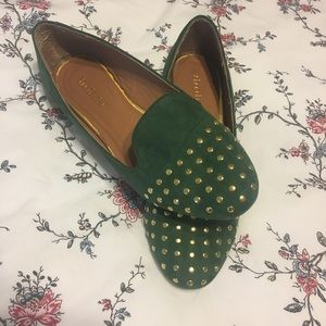 Shoedazzle Green and Gold Loafer Flat size 8.5