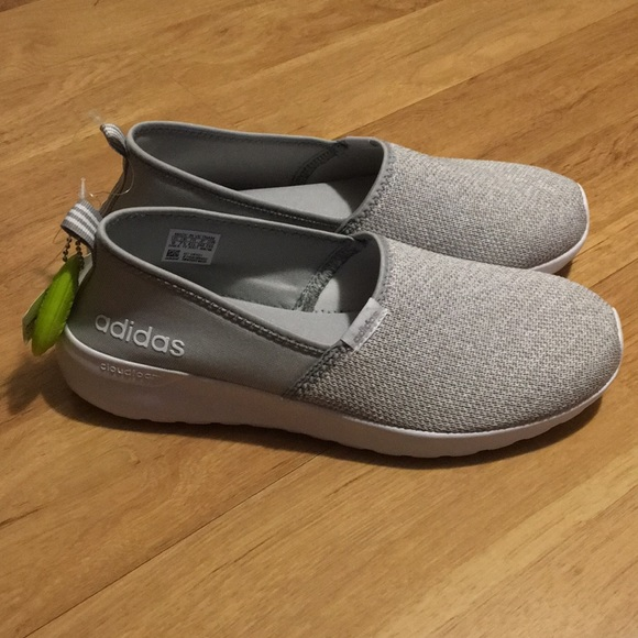 2566aeb77a42 Brand new with tags Adidas memory foam shoes✨
