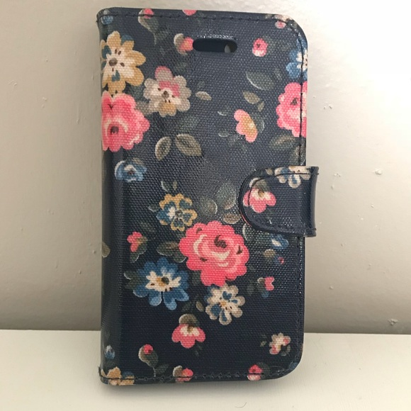size 40 b4842 efdfa Cath Kidston floral iPhone 6s case, wallet case