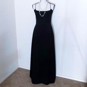 Tahari Black Formal/Evening Gown/ Dress Size 10