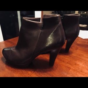 Paul Green Brown Leather Ankle Boots